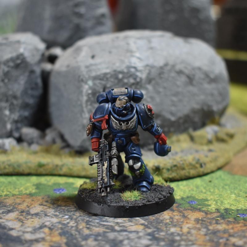 Crimson Fists Primaris Lieutenant