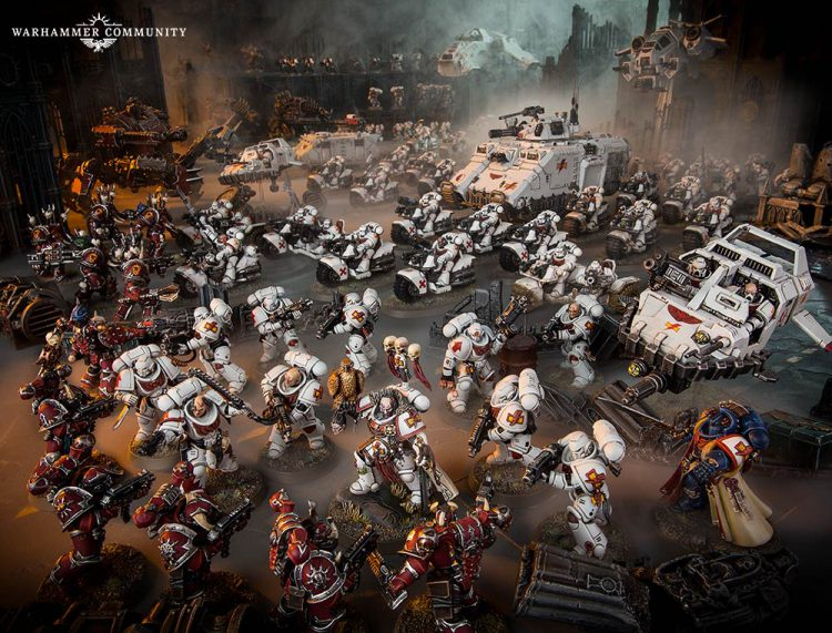 Group of Primaris White Scars fight Word Bearers