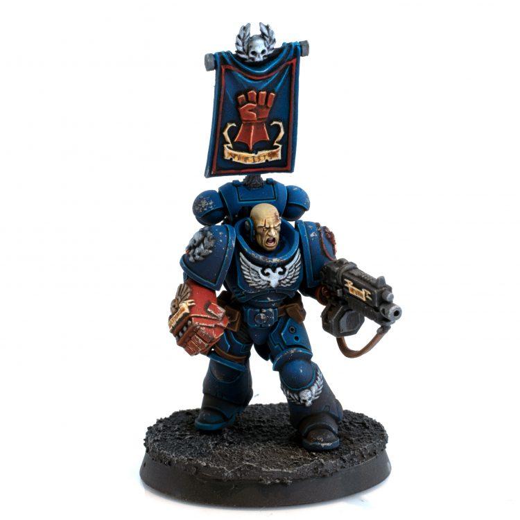 Crimson Fists Primaris Lieutenant with Power Fist